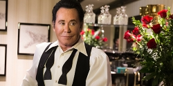 Wayne Newton: Up Close and Personal